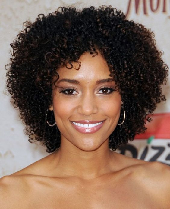 Magnificent Curls Love Her And Shape On Pinterest Short Hairstyles For Black Women Fulllsitofus