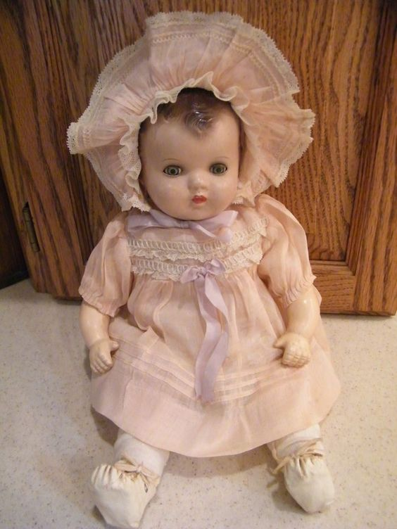 Ideal Vintage 1940's Baby Doll All Original Dress Hat Shoes & Socks 13 In. Tal