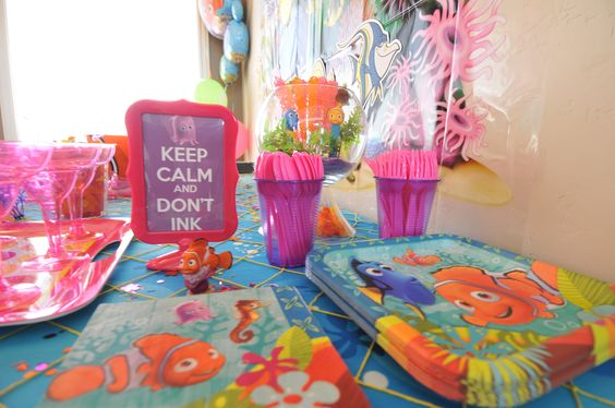 finding nemo baby shower decorations