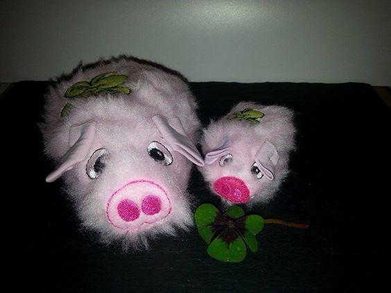 Die Glücksschweine habe ich zu Silvester verschenkt.Eine ITh Datei von Stick Elli.