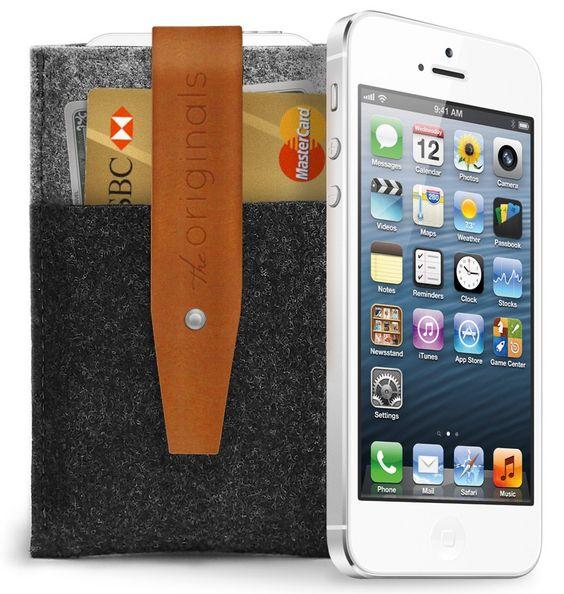 Slick Mujjo iPhone 5 Wallet