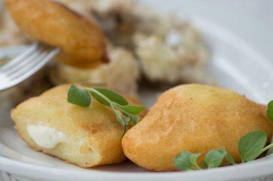 Kartoffeltaschen gebacken mit Gemüsefüllung