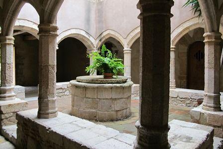 El majestuoso monasterio de Santes Creus en la Ruta del Císter catalán