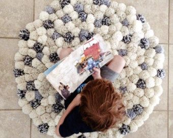 pom pom rug- woolen handmade modern pom pom rug/red rug/oval shape