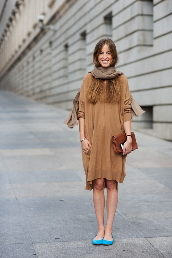 On the Street... Plaza de Neptuno, Madrid.: Neptuno Madrid, Sweater Dresses, Street Style, Outfit, Blue Shoes, Blue Flats, Turquoise Shoes