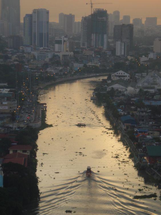 Pasig River, Makati, Metro Manila, Philippines