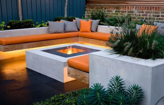 Pictures Of Square Fire Pits In A Backyard : Courtyards, Fire pits and Charlotte on Pinterest