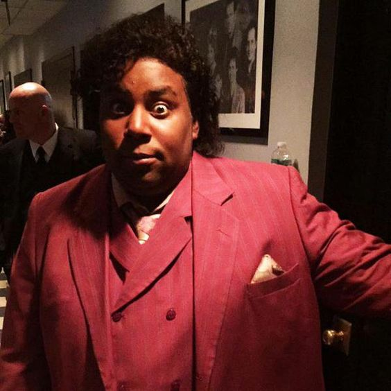 Pin for Later: The Best Behind-the-Scenes Pictures of SNL's 40th Anniversary Special  Kenan Thompson was looking good.