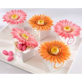 Awesome! Gerbera party favor boxes!