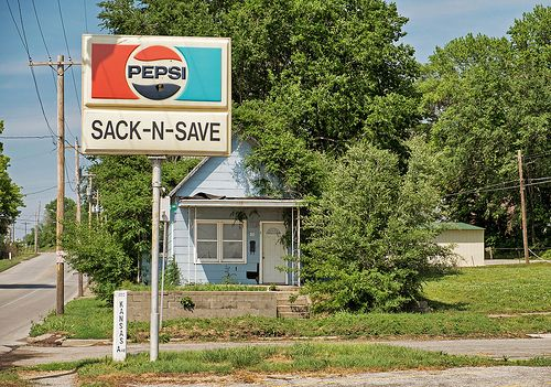 SACK-N-SAVE ~ St. Joseph, MO ~ ©2013 Bob Travaglione - www.flickr.com/photos/fotoedge/ ~ Or Zenfolio ~ www.FoToEdge.com