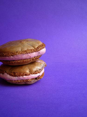Hibiscus Macarons | Macarons | Pinterest | Hibiscus, Deserts and Candy
