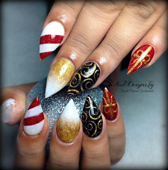 xmas nail art #almondnails