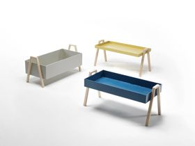 Living divani (art direction Piero Lissoni): Stack occasional tables by Nathan Yong