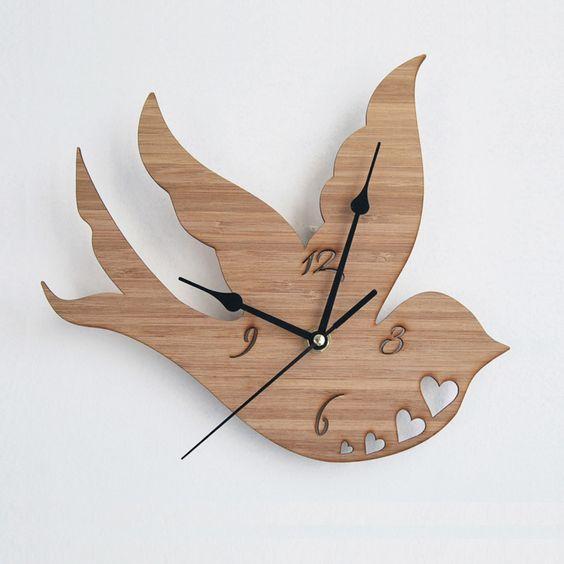 Swallow clock | hardtofind.