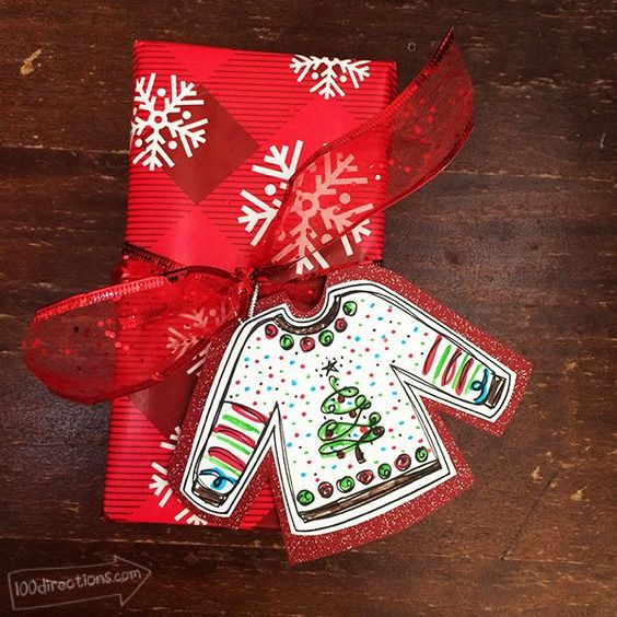 Ugly Sweater Gift Tag - with pages of free printables!