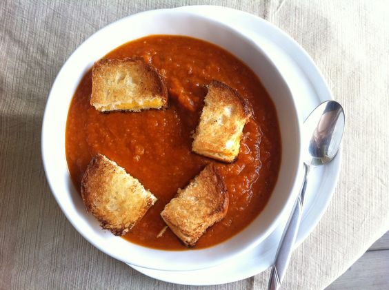 Roasted Hearty Tomato Soup with Grilled Cheese Croutons recipe by @Amy | Amy's Cooking Adventures
