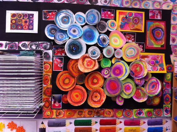 Our display inspired by Wassily Kandinsky Abstract Circles and the colours of the  seasons.