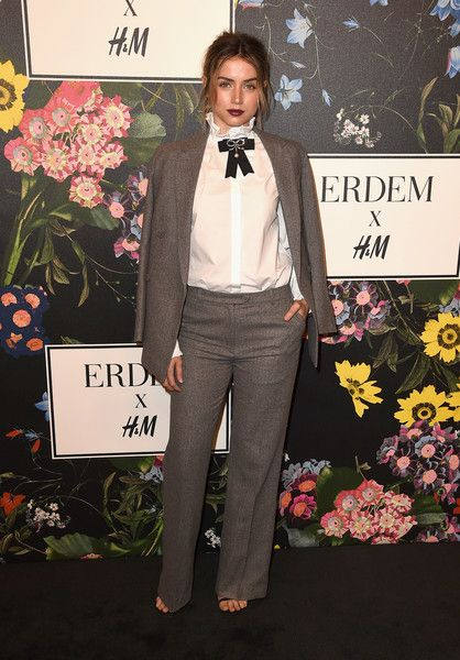 Ana de Armas  - Smart Suit.