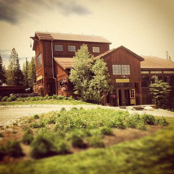 This is Ten Mile Station.  A Colorado Rocky Mountain wedding venue with tall ceilings, big windows with amazing views of the continental divide, and halfway up the Breckenridge Ski Resort.    We finished our day here after setting up at the Lodge and Spa earlier, and then meeting a family with a DIY mission to decorate a wedding.    And then, we actually went to scout another location for the outdoor ceremony I mentioned a few posts back.  Busy day!  #breckenridge #wedding #venue #ceremony