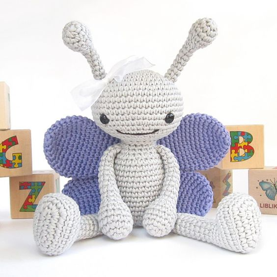 Free Online Crochet Patterns For Toys : Bee, Butterfly and Ladybug pattern by Kristi Tullus ...