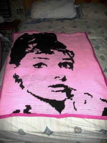 Gorgeous tapestry #crochet afghan of Audrey Hepburn