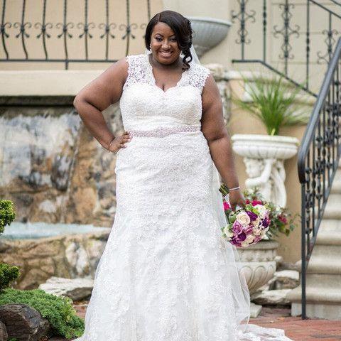 Pretty Used Plus Size Wedding Dresses Collection In 2020 Plus Size Wedding Gowns Cheap Wedding Dress Wedding Dress Inspiration
