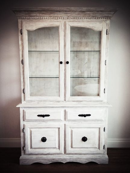 China Cabinet Refinished With Annie Sloan Quot Pure White