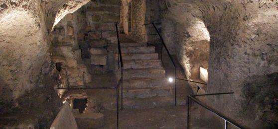 Viaggio nelle catacombe di San Vittorino - L'Aquila