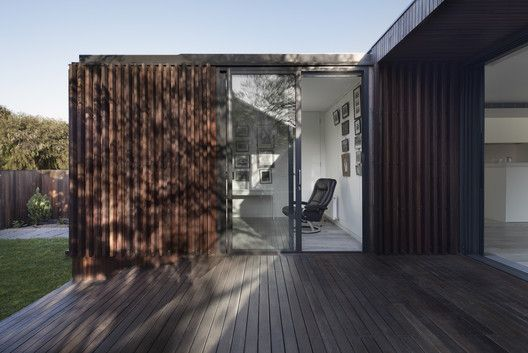 Gallery Of Humble House Coy Yiontis Architects 13 Casas Humildes Casas Costeras Construccion De Viviendas
