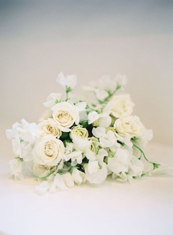REVEL: Cream Bouquet Inspiration