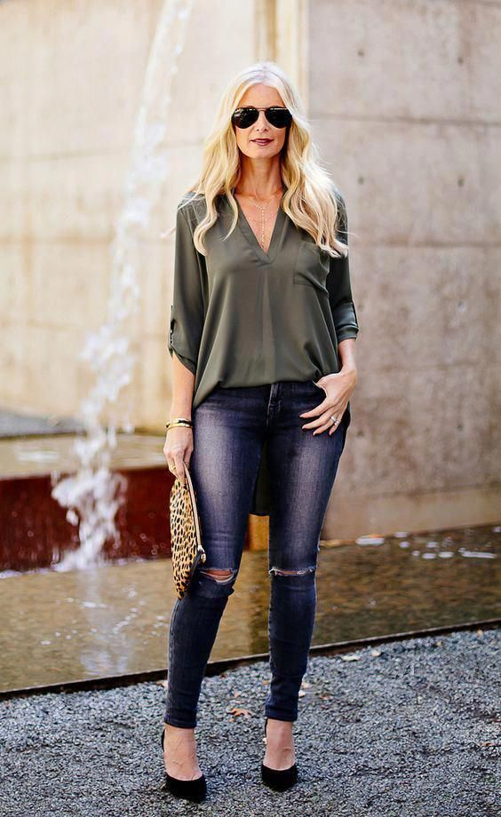 50 Gorgeous Summer Outfits For Women Over 40 Years Old Womensfashion40yearoldoutfitsstreets In 2020 40 Year Old Womens Fashion Spring Outfits Women Clothes For Women