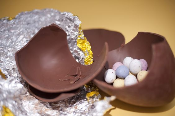 The sweets came inside the Easter Egg, not in a separate packet!