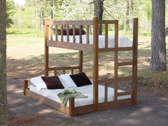 Twin Queen And Queen Bunk Beds On Pinterest
