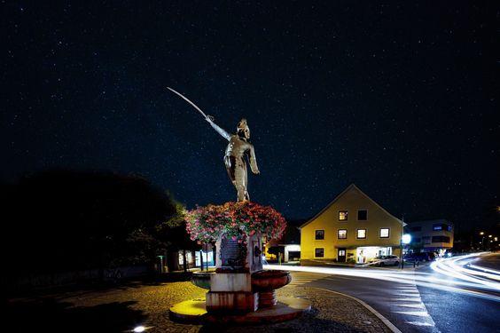 Riedmiller Denkmal unter den Sternen