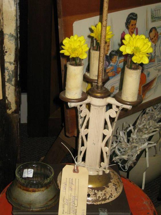 Vintage lamp now cute vase!!