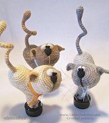 Valentine Cat Heart Crochet Pattern /;)