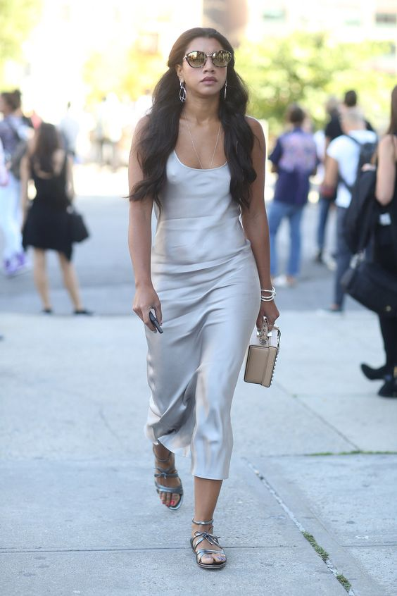 Slip dresses street styles and street on pinterest - Dressing modellen ...