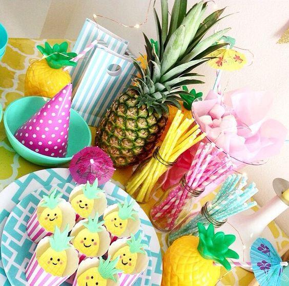 Decoração de abacaxi  Festa infantil Moana  Pinterest