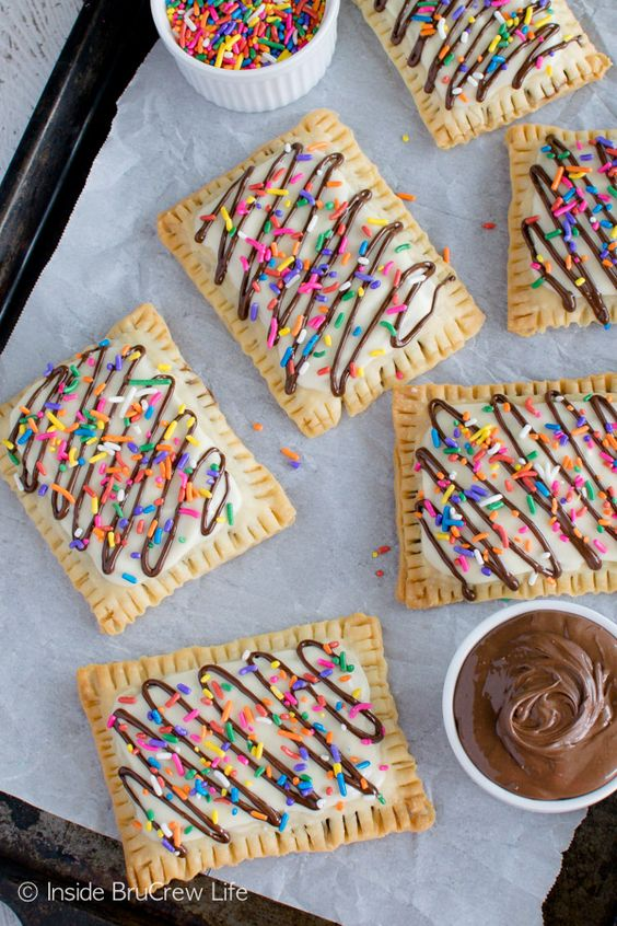 Nutella Pop Tarts - creamy Nutella spread and pie crusts make an easy breakfast treat.: