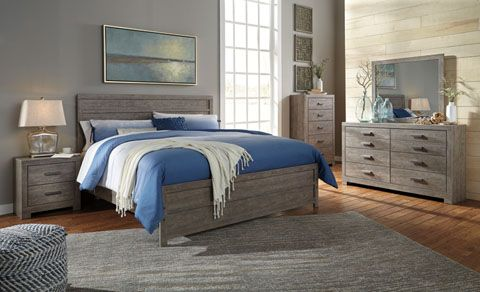 Complete Queen Bed Room Set Includes Dresser Mirror Chest And 2