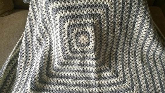Ravelry: Wobbly Squares Blanket pattern by Jennifer Uribe