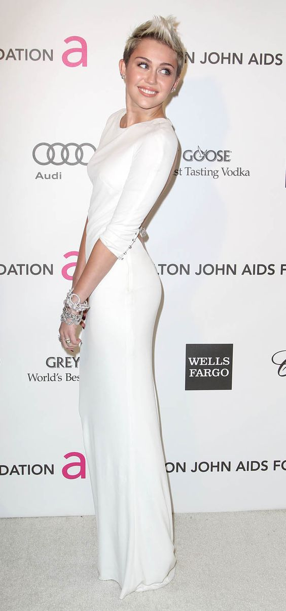 Nice Hot Hollywood Celebrity Miley Cyrus Dress Is On Backwards . 7 ...