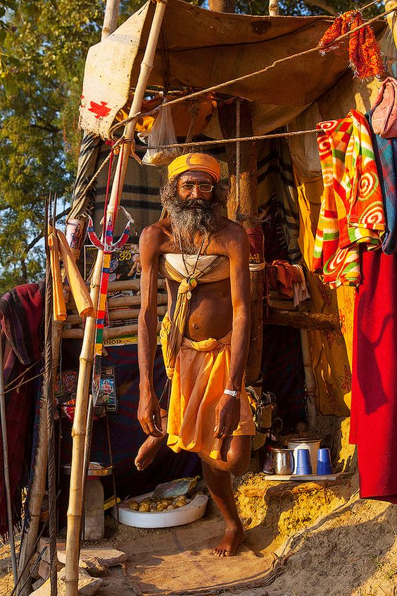 Naga Sadhu standing on 1 leg for 1 year, Kumbh Mela, Allahabad, India
