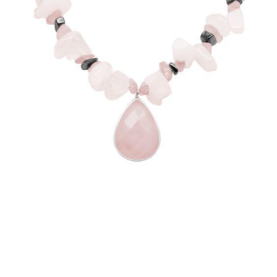 Collar de cuarzos rosa, cuarzos lavanda y hematites irregulares  http://sarahkosta.com/producto/collar-de-cuarzos-rosa-cuarzos-lavanda-y-hematites-irregulares/
