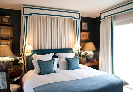 Pelmet box cornice, blue and white, reading sconces, gold framed art - Paolo Moschino for Nicholas Haslam Interiors