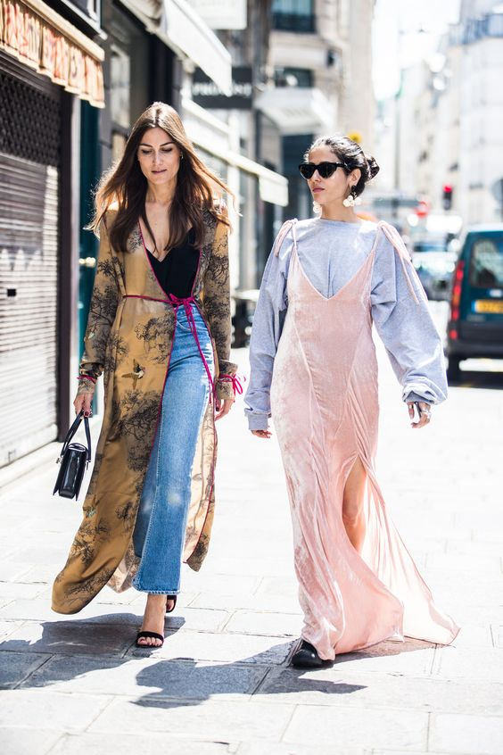 With Haute Couture Week Fall/Winter 2016-2017 underway, our photographer Sandra Semburg is back on the street capturing the best style off the runway.: