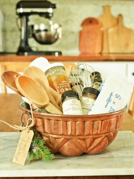 Make the Container Part of the Gift - 40 Crafty Handmade Gift Ideas on HGTV. Easily customize to fit a friend's personal tastes. A pasta bowl filled with Italian herbs, Parmesan cheese, specialty pastas, serving tongs or a cake pan with brownie mix, chopped walnuts or pecans, a spatula...