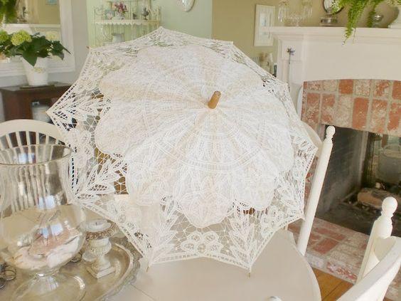 White Lace Umbrella <3