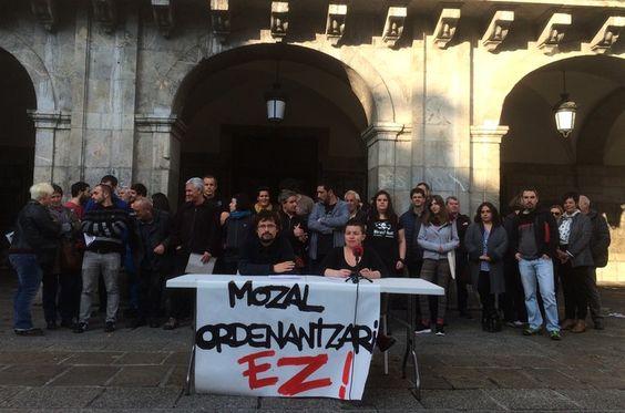 Mozal ordenantzaren kontrako aurkezpeña.