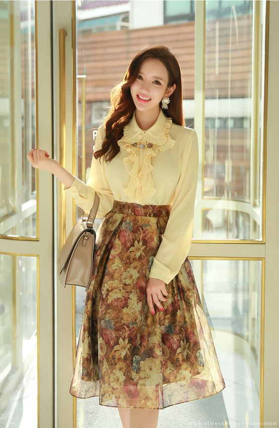 47 Stylish Outfits That Will Make You Look Cool outfit fashion casualoutfit fashiontrends